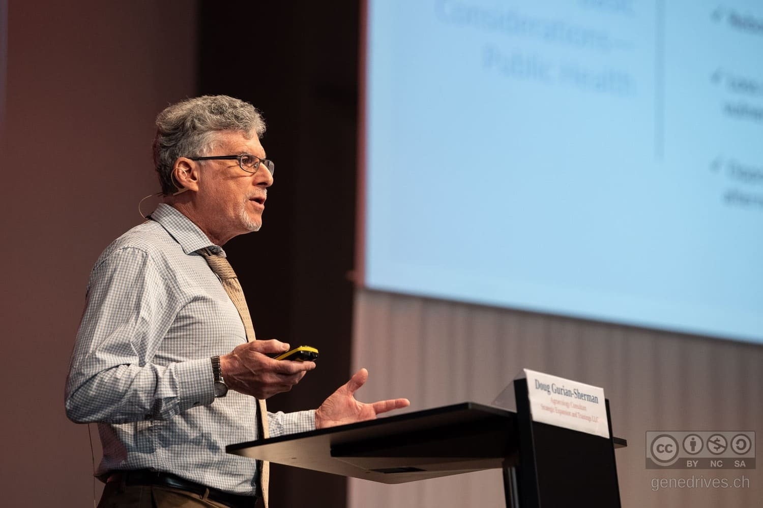 Doug Gurian Sherman speaks at the GeneDrive Symposium 2019.